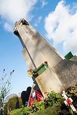 War Memorials & Graves