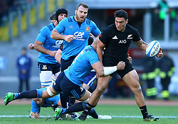 November 12, 2016 - Rome, Italy - Anton Leinert-Brown of the New Zealand All Blacks tackled by Sergio Parisse of the Italy Rugby during the international rugby match between New Zealand and Italy at Stadio Olimpico on November 12, 2016 in Rome, Italy. (Credit Image: © Arts Culture And Entertainment/NurPhoto via ZUMA Press)