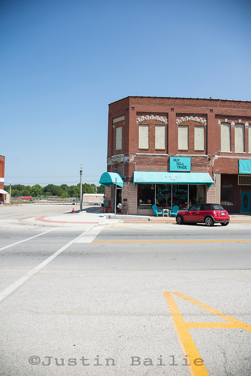 Aurora, Missouri.