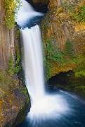 Toketee Falls, Umpqua National Forest, Oregon