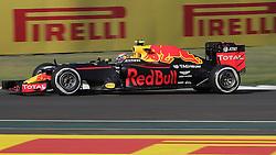 October 29, 2016 - Mexico - EUM20161029DEP14.JPG .CIUDAD DE MÉXICO MotoringAutomovilismo-F1.- El piloto neerlandés de la escudería Red Bull, .Max Verstappen, en la tercera sesión de práctica del Gran Premio de México de la Fórmula 1, 29 de octubre de 2016, Autódromo Hermanos Rodríguez. Foto: Agencia EL UNIVERSALAlejandro AcostaJMA (Credit Image: © El Universal via ZUMA Wire)
