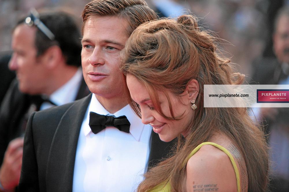 Brad Pitt - Angelina Jolie - - Festival de Cannes - Montée des marches pour le film Ocean 13 - 24/05/2007 - JSB / PixPlanete