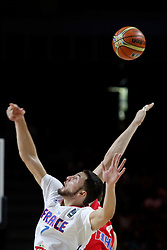 06.09.2014, Palacio de Deportes, Madrid, ESP, FIBA WM, Frankreich vs Kroatien, im Bild France´s Lauvergne (L) and Croatia´s Tomic // during FIBA Basketball World Cup Spain 2014 match between France and Croatia at the Palacio de Deportes in Madrid, Spain on 2014/09/06. EXPA Pictures © 2014, PhotoCredit: EXPA/ Alterphotos/ Victor Blanco<br /> <br /> *****ATTENTION - OUT of ESP, SUI*****