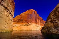 Lake Powell, Glen Canyon National Recreation Area, Arizona/Utah border USA