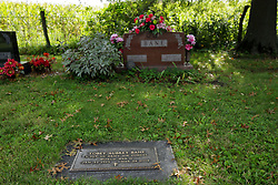 31 August 2017:   Veterans graves in Dawson Cemetery in eastern McLean County.<br /> <br /> Tobey Aubrey Bane Staff Sergeant US Army Air Forces  World War II  Jan 22 1915  Mar 24 2004