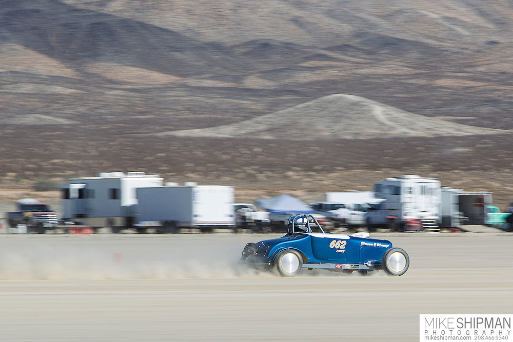 Dincau & Dincau, 662, eng F, body STR, driver Tony Dincau, 156.326 mph, record 170.005