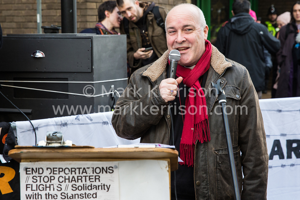 Chelmsford, UK. 6th February, 2019. The Right Revd Stephen Cottrell, Bishop of Chelmsford, addresses activists from around the UK gathered to show solidarity with the Stansted 15 before their sentencing at Chelmsford Crown Court. The Stansted 15 were convicted on 10th December of an anti-terrorism offence under the Aviation and Maritime Security Act 1990 following non-violent direct action to try to prevent a Home Office deportation flight carrying precarious migrants to Nigeria, Ghana and Sierra Leone from taking off from Stansted airport in March 2017.