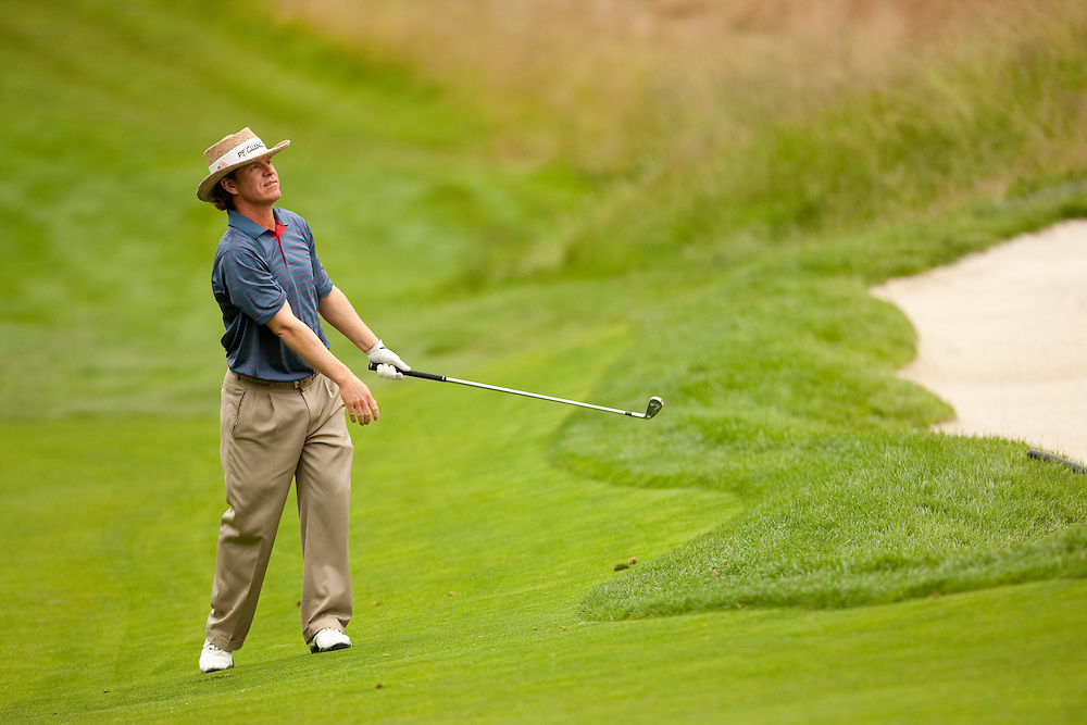 FARMINGDALE, NY - JUNE 20:  Briny Baird hits his shot during the continuation of the second round of the 109th U.S. Open Championship on the Black Course at Bethpage State Park on Saturday, June 20, 2009. (Photograph by Darren Carroll) *** Local Caption *** Briny Baird