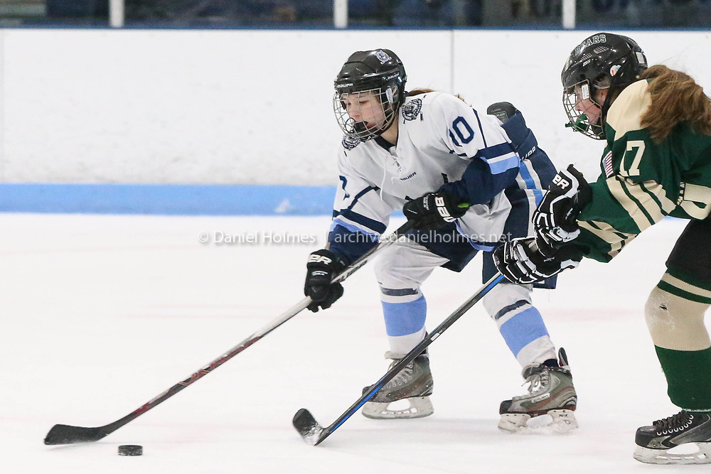(2/3/18, FRANKLIN, MA) Franklin's Maddy Hinckley takes the puck passed the defense during the girls hockey game against Ursaline at Pirelli Veterans Arena in Franklin on Saturday. [Daily News and Wicked Local Photo/Dan Holmes]