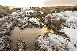 © Licensed to London News Pictures. 31/12/2020. Builth Wells, Powys, Wales, UK. Bitterly cold weather on the Mynydd Epynt moorland near Builth Wells in Powys, Wales, UK. after temperatures plunged to minus 3.5 degrees centigrade last night. Photo credit: Graham M. Lawrence/LNP