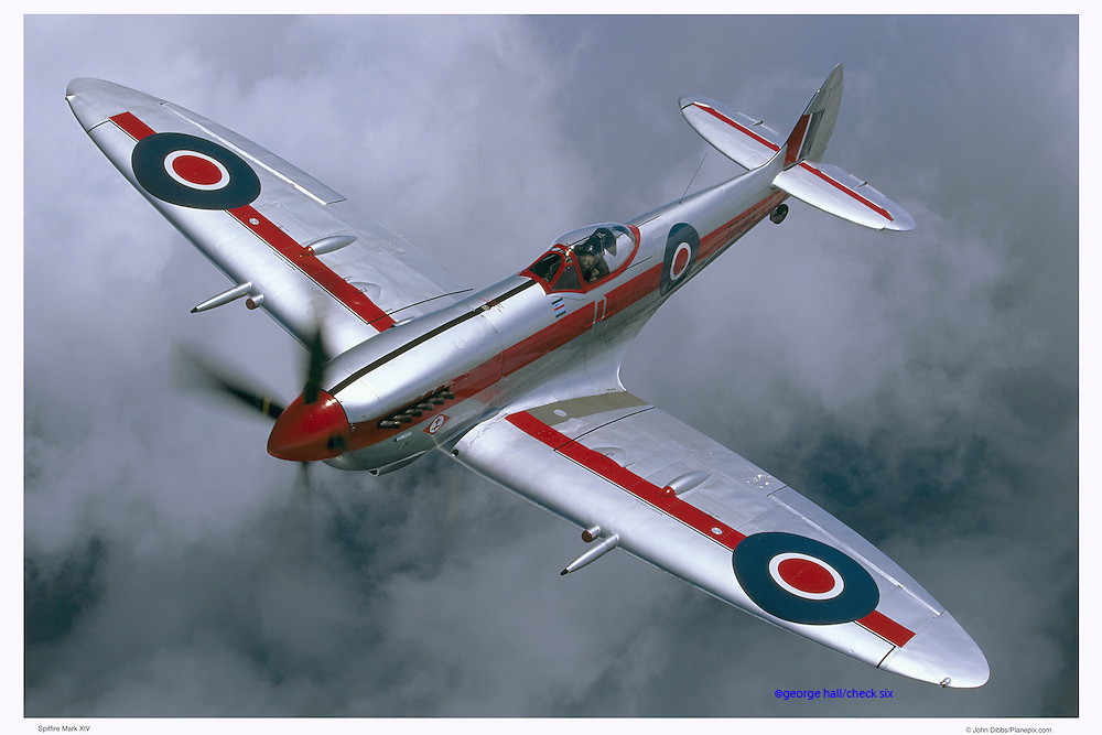 Spitfire MKXIV, air-to-air photography