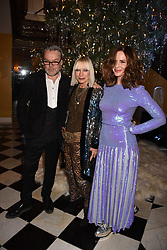 David Downton, Virginia Bates and Trinny Woodall at reception to celebrate the launch of the Claridge's Christmas Tree 2017 at Claridge's Hotel, Brook Street, London England. 28 November 2017.<br /> Photo by Dominic O'Neill/SilverHub 0203 174 1069 sales@silverhubmedia.com