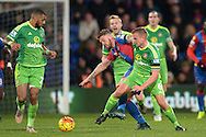 Lee Cattermole of Sunderland challenges  Connor Wickham of Crystal Palace. Barclays Premier league match, Crystal Palace v Sunderland at Selhurst Park in London on Monday 23rd November 2015.<br /> pic by John Patrick Fletcher, Andrew Orchard sports photography.
