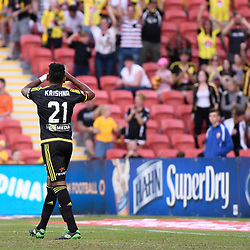 BRISBANE, AUSTRALIA - APRIL 16: Roy Krishna of the Phoenix salutes the fans during the round 27 Hyundai A-League match between the Brisbane Roar and Wellington Phoenix at Suncorp Stadium on April 16, 2017 in Brisbane, Australia. (Photo by Patrick Kearney/Brisbane Roar)
