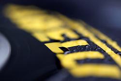 FORMEL 1: GP von Australien, Melbourne, 24.03.2011<br />Illustration, Pirelli, Reifen, Regen<br />© pixathlon