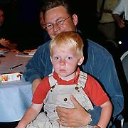 Winterpresentatie 1999 SBS6, Joost Buitenweg met zoontje Olivier