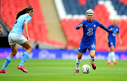 Jill Scott of Manchester City Women tries to hold off Ji So-Yun of Chelsea Women- Mandatory by-line: Nizaam Jones/JMP - 29/08/2020 - FOOTBALL - Wembley Stadium - London, England - Chelsea v Manchester City - FA Women's Community Shield