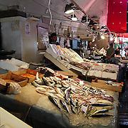 Il famoso mercato del pesce di Catania...The famous fish market in Catania