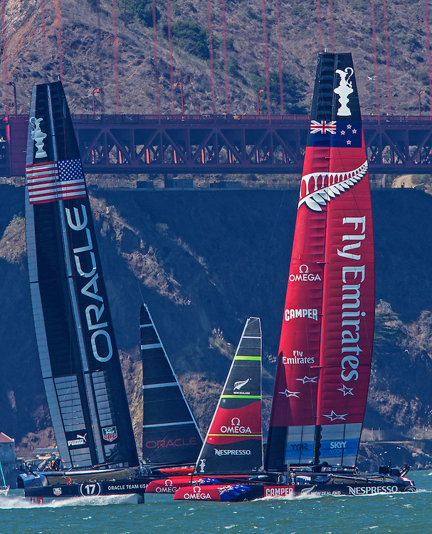 EMIRATES Team NEW ZEALAND<br /> ORACLE Team USA<br /> 2013 America's Cup