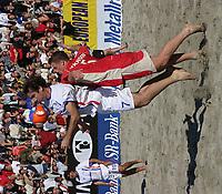 European Pro Beach Soccer League, Sandfotball, Fotball,<br />Stavanger, 19/07-03, Eric Cantona, (Frankrike, FRA) - Justin Dickinson (England)<br />Foto: Sigbjørn Andreas Hofsmo, Digitalsport