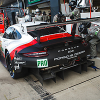 #92, Porsche Motorsport, Porsche 911 RSR, LMGTE Pro, driven by: Michael Christensen, Kevin Estre at FIA WEC Silverstone 6h, 2018 on 19.08.2018