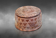 Minoan cylindrical pyxis with lid (jewel box) with incised decoration, Knossos 1900-1800 BC; Heraklion Archaeological  Museum, grey background. .<br /> <br /> If you prefer to buy from our ALAMY PHOTO LIBRARY  Collection visit : https://www.alamy.com/portfolio/paul-williams-funkystock/minoan-art-artefacts.html . Type -   Heraklion   - into the LOWER SEARCH WITHIN GALLERY box. Refine search by adding background colour, place, museum etc<br /> <br /> Visit our MINOAN ART PHOTO COLLECTIONS for more photos to download  as wall art prints https://funkystock.photoshelter.com/gallery-collection/Ancient-Minoans-Art-Artefacts-Antiquities-Historic-Places-Pictures-Images-of/C0000ricT2SU_M9w