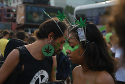 May 4, 2019 - Rio De Janeiro, Brazil - RIO DE JANEIRO, RJ - 04.05.2019: MARCHA DA MACONHA 2019 - Hundreds of activists and sympathizers gathered at the edge of Ipanema, at the height of the Garden of Allah channel, for the Marijuana March 2019. The concentration began at 4.20 pm, heading to Arpoador. Speeches were delivered in defense of the herb, both for recreational and medicinal use. (Credit Image: © Roberto Herrera/Fotoarena via ZUMA Press)