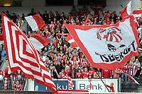 Fotball tippeligaen 26.04.08 Rosenborg ( RBK ) - Tromsø ( TIL ),<br /> Illustrasjon supportere Isberget,<br /> Foto: Carl-Erik Eriksson, Digitialsport