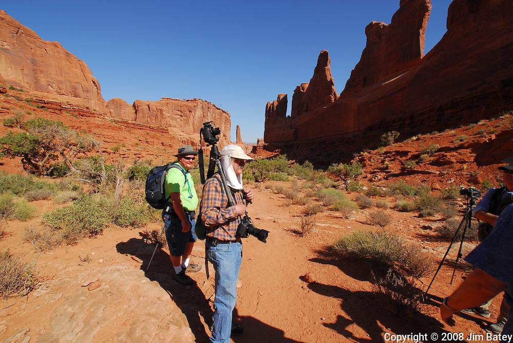Tripod Headcam. Park Avenue Trail, Arches National Park.