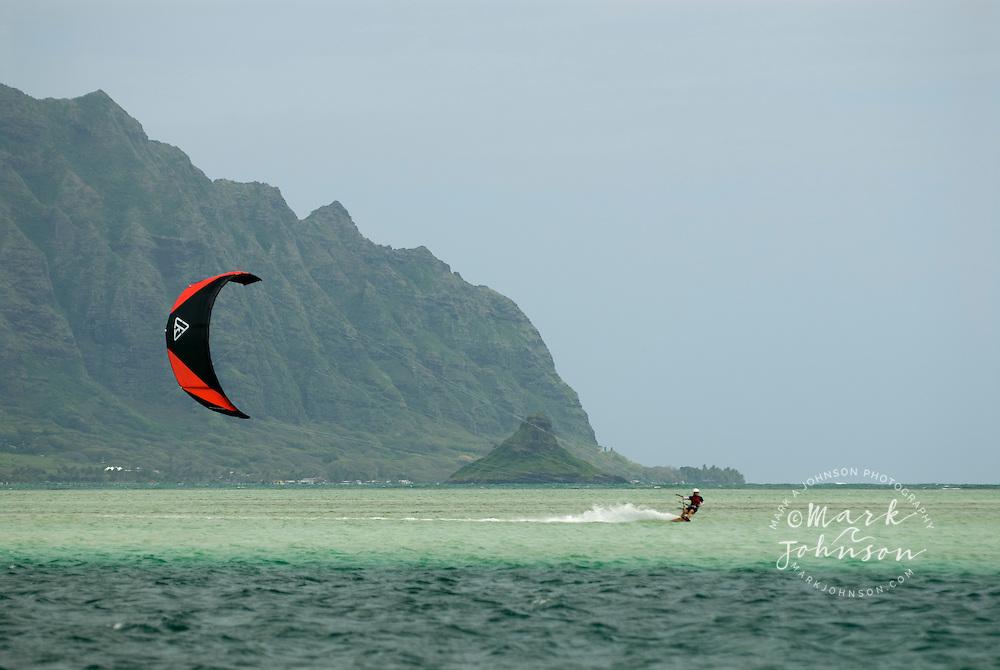 Kitesurfing off the Ahu O Laka sandbar, Kaneohe Bay, Oahu, Hawaii ***Model Release Available