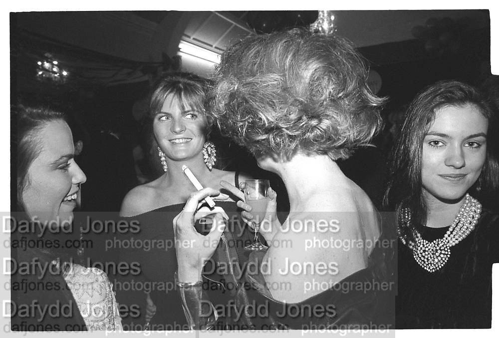 KOO STARK, SUSANNAH CONSTANTINE, FRANCESCA THYSSEN, JULIET HOHNEN, Cricket Ball, Hurlingham. May 1987