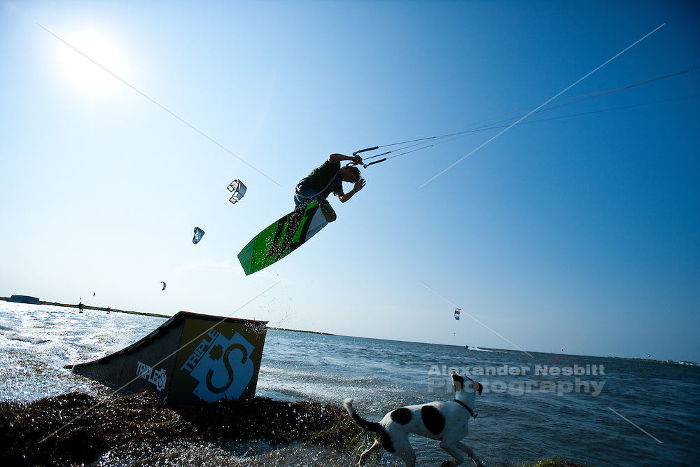Outerbanks, NC - Rick Jensen kiteboarding at the Triple-S 2011