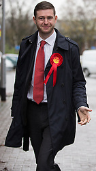 © Licensed to London News Pictures . 01/12/2015 . Oldham , UK . Candidate JIM MCMAHON arriving at Royton Medical Centre in Oldham , as part of Labour's campaign for the seat of Oldham West and Royton , following the death of sitting MP Michael Meacher . Photo credit : Joel Goodman/LNP