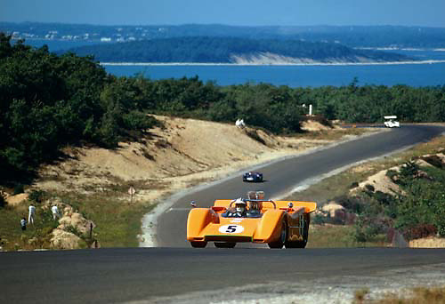 Denny Hulme in McLaren M8A during practice at 1968 Bridghampton Can-Am, with Jim Hall's Chaparral 2G in background; PHOTO BY Pete Lyons 1968 / www.petelyons.com