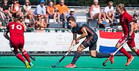 St.-Job-In 't Goor / Antwerpen -  6Nations U23 - Bram Huybregts (ned) met Matt Ramshaw (GB),   Nederland Jong Oranje Heren (JOH) - Groot Brittannie .  COPYRIGHT  KOEN SUYK