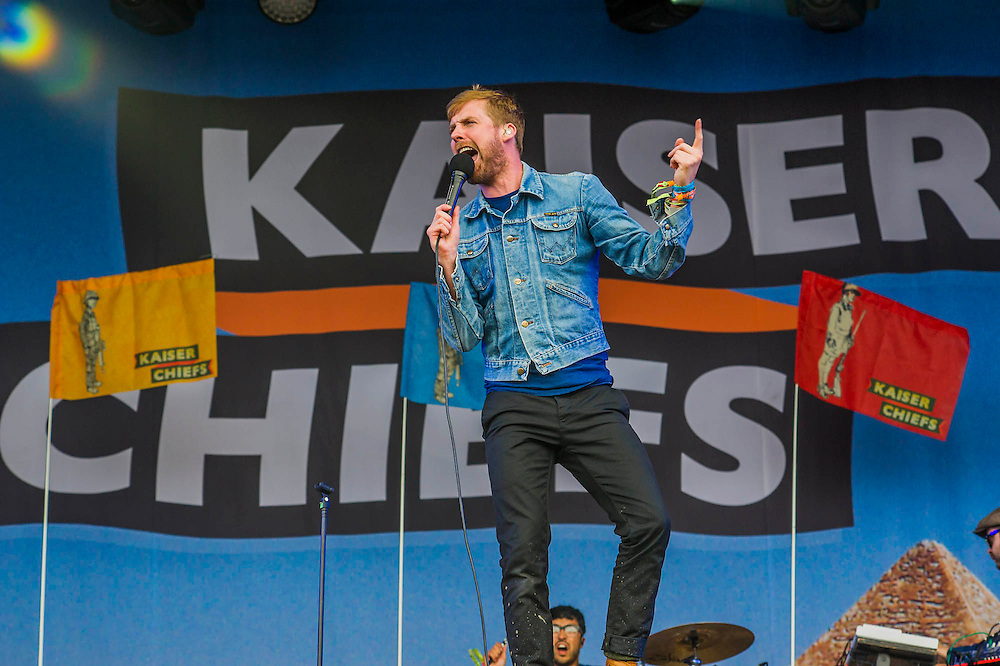 The Kaiser Chiefs do a surprise set on the Other Stage. The 2014 Glastonbury Festival, Worthy Farm, Glastonbury. 27 June 2013.  Guy Bell, 07771 786236, guy@gbphotos.com