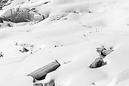 Skitourengänger im Aufstieg über den Jungfraufirn zum Louwitor, Wallis, Schweiz<br /> <br /> Alpinists on the ascent to the Louwitor on the Jungfraufirn, Wallis, Schweiz