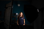 Atleet Jennifer Breet poseert voor de portretfoto's. In september wil het Human Power Team Delft en Amsterdam, dat bestaat uit studenten van de TU Delft en de VU Amsterdam, tijdens de World Human Powered Speed Challenge in Nevada een poging doen het wereldrecord snelfietsen voor vrouwen te verbreken met de VeloX 9, een gestroomlijnde ligfiets. Het record is met 121,81 km/h sinds 2010 in handen van de Francaise Barbara Buatois. De Canadees Todd Reichert is de snelste man met 144,17 km/h sinds 2016.<br /> <br /> Athlete Jennifer Breet poses for the camera. With the VeloX 9, a special recumbent bike, the Human Power Team Delft and Amsterdam, consisting of students of the TU Delft and the VU Amsterdam, also wants to set a new woman's world record cycling in September at the World Human Powered Speed Challenge in Nevada. The current speed record is 121,81 km/h, set in 2010 by Barbara Buatois. The fastest man is Todd Reichert with 144,17 km/h.