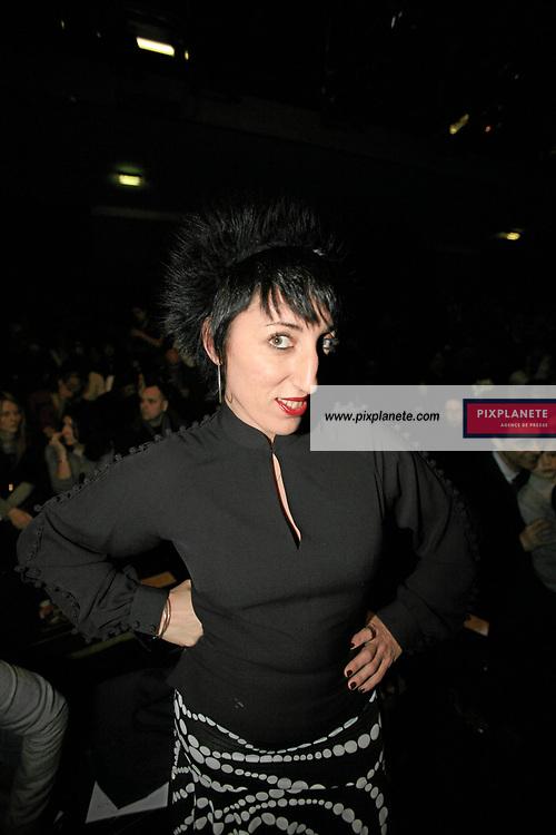 - Rossy de Palma - - Kenzo - Paris, Fashion Week - 3/3/2007 - JSB / PixPlanete