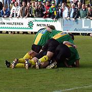 SV Huizen - Bennekom, SV Huizen kampioen hoofdklasse B zaterdagamateurs, juichen