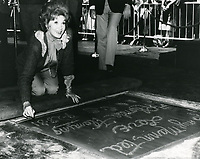 1987 Rhonda Fleming's hand/footprint ceremony at the Chinese Theater
