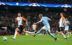 Kevin De Bruyne of Manchester City fires a shot at goal  - Mandatory by-line: Matt McNulty/JMP - 26/09/2017 - FOOTBALL - Etihad Stadium - Manchester, England - Manchester City v Shakhtar Donetsk - UEFA Champions League Group stage - Group F