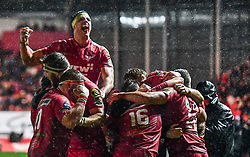Scarlets' Josh Macleod celebrates scoring his sides first try with team-mates - Mandatory by-line: Craig Thomas/Replay images - 26/12/2017 - RUGBY - Parc y Scarlets - Llanelli, Wales - Scarlets v Ospreys - Guinness Pro 14