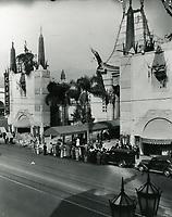 1932 Grauman's Chinese Theater