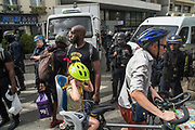 Thousands of protesters demonstrate in respect for deaths of black people in police custody. Black Saturday commemoration of the deaths of Adama Traore and Lamine Dieng in France and George Floyd in USA. Gambetta, Paris, June 20, 2020. Photography by Nigel Dickinson / Hans Lucas.<br /> Des milliers des gens manifestent dans le respect de la mort de Noirs en garde a vue. Samedi noir commemoration de la mort d Adama Traore et Lamine Dieng en France et de George Floyd aux Etats-Unis. Gambetta, Paris, 20 juin 2020. Photographie par Nigel Dickinson / Hans Lucas.