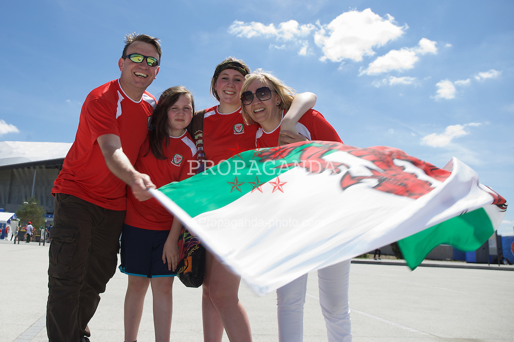 LYON, FRANCE - Wednesday, July 6, 2016: Wales supporters outside the Stade de Lyon ahead of their team's UEFA Euro 2016 Championship Semi-Final match against Portugal. (Pic by Paul Greenwood/Propaganda)