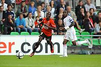 FOOTBALL - FRENCH CHAMPIONSHIP 2010/2011 - L1 - STADE RENNAIS v LILLE OSC - 07/08/2010 - PHOTO PASCAL ALLEE / DPPI -ISMAEL BANGOURA (RENNES) / ANTONIO MAVUBA (LILLE)