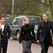 NLD/Driehuis/20060408 - Uitvaart Frederique Huydts, Chris Tates en Peggy Vrijens