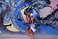 Cuba, La Havane, Callejon de Hamel, rue couverte de peintures murales // Cuba, Habana, Callejon de Hamel street