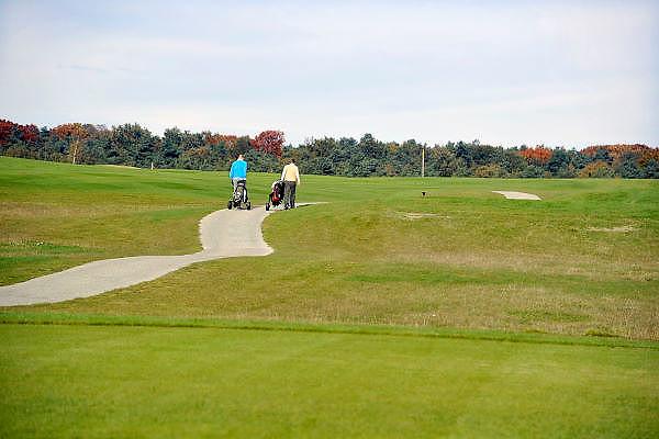 Nederland, Groesbeek, 27-10-2011Golfers op de golfbaan Rijk van nijmegen.Dit is een grote baan waar veel gebruik van wordt gemaakt.Foto: Flip Franssen/Hollandse Hoogte